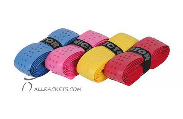 De Victor Softgrip is een zelfklevende zachte grip met rondjes structuur voor een ideale badminton grip, een geweldige handeling en comfort.