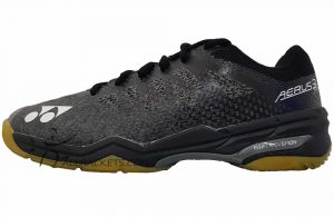 Yonex Power Cushion Aerus 3 R Men Black